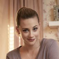 Лили Рейнхарт в сериале Ривердейл - официальное фото
