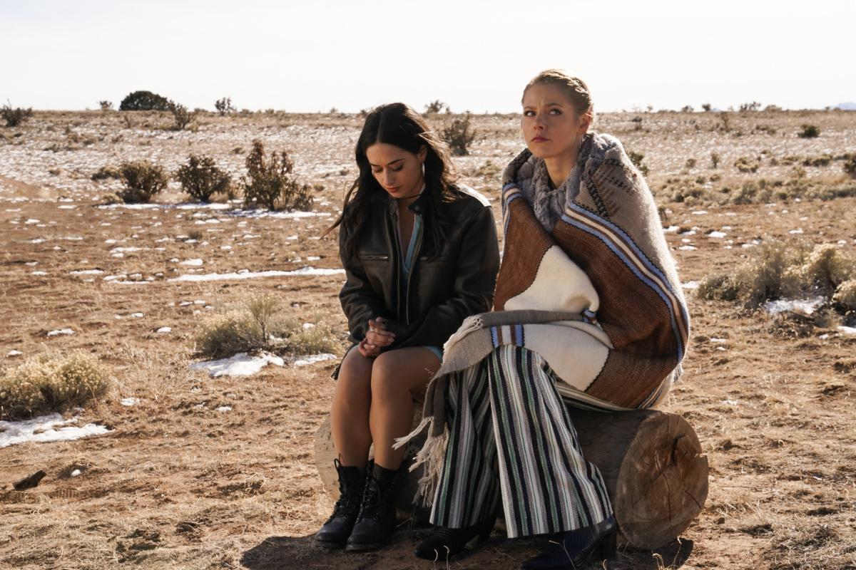 """Розуэлл Нью-Мексико """"Creep"""" - 12 серия 1 сезона"""