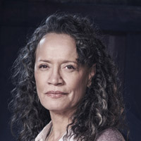 Рина Оуэн в сериале Сирена - официальное фото