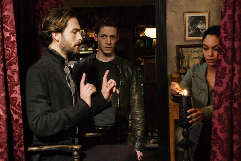 """Сонная Лощина """"Incident At Stone Manor"""" - 10 серия 3 сезона"""