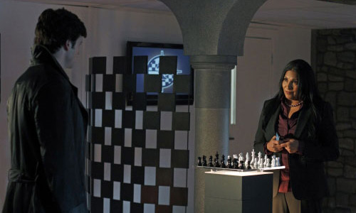Тайны Смолвиля - Checkmate