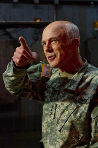 Patriot - 9 серия 10 сезона Смолвиля