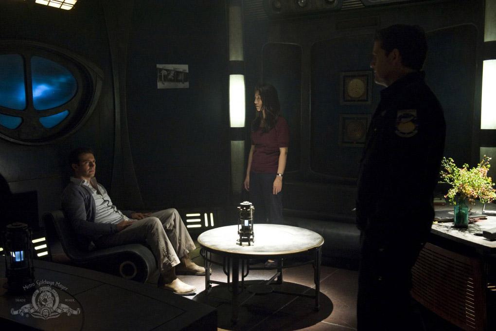 9 серия 2 сезона Звездных Врат Вселенная - Visitation