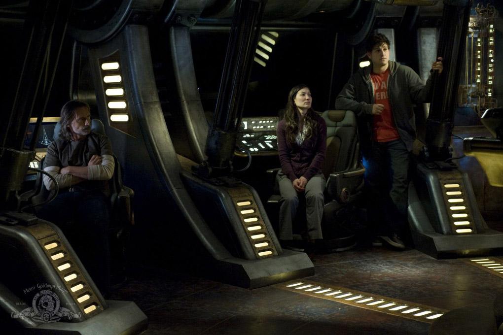 Resurgence (Part 1) - финал первой половины второго сезона Звездных Врат Вселенная