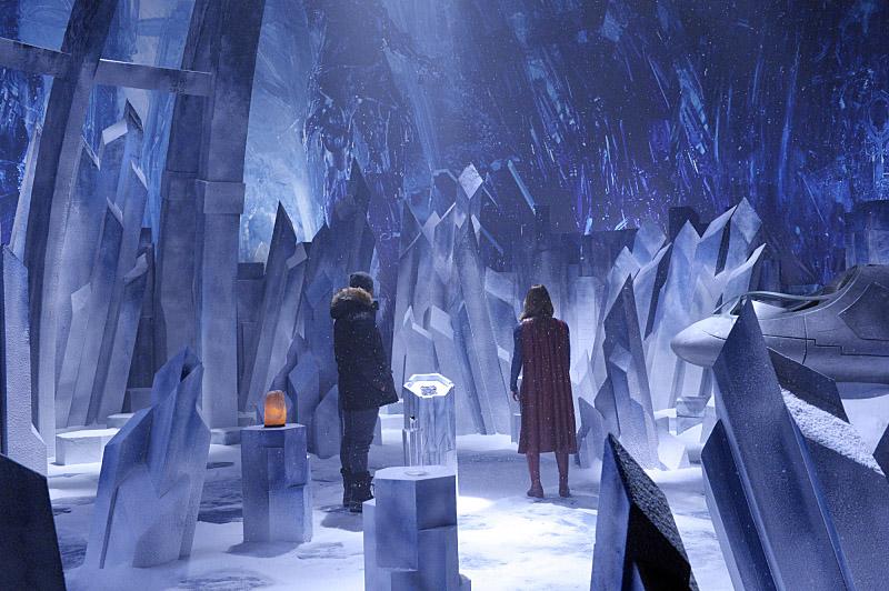 """Супергерл """"Solitude"""" - 15 серия 1 сезона"""