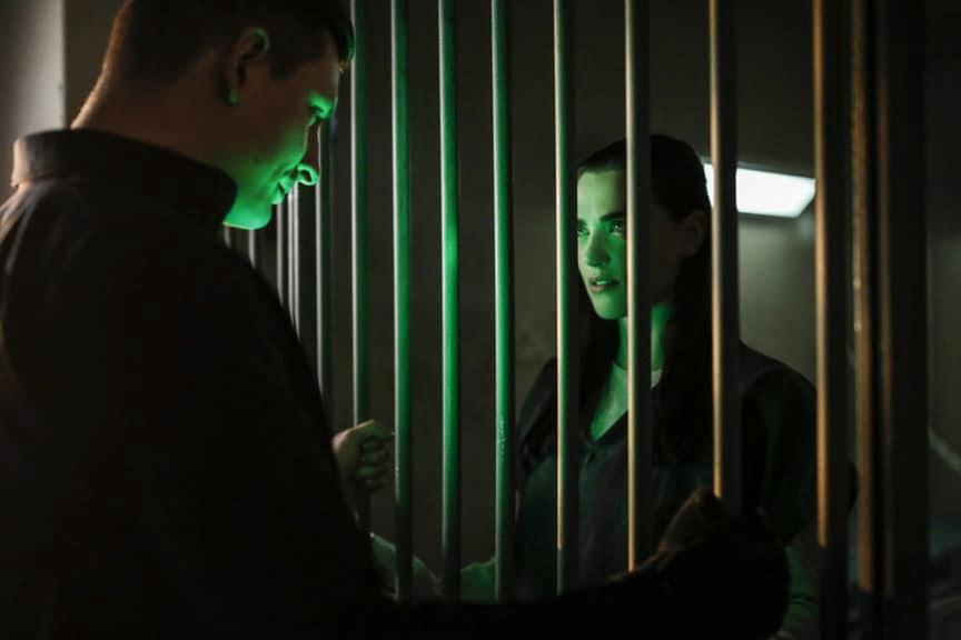 "Супергерл ""Luthors"" - 12 серия 2 сезона"