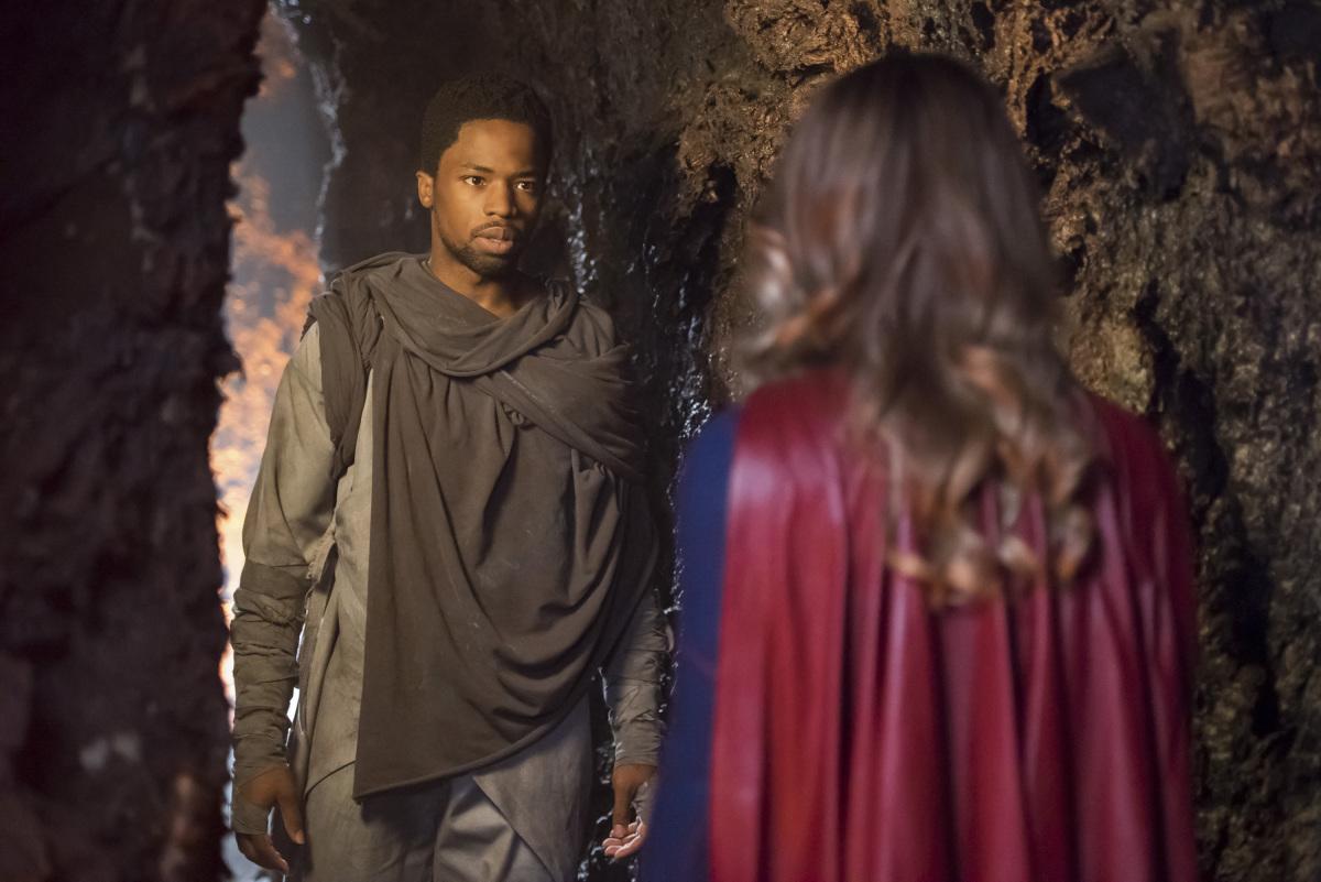 """Супергерл """"Far From the Tree"""" - 3 серия 3 сезона"""