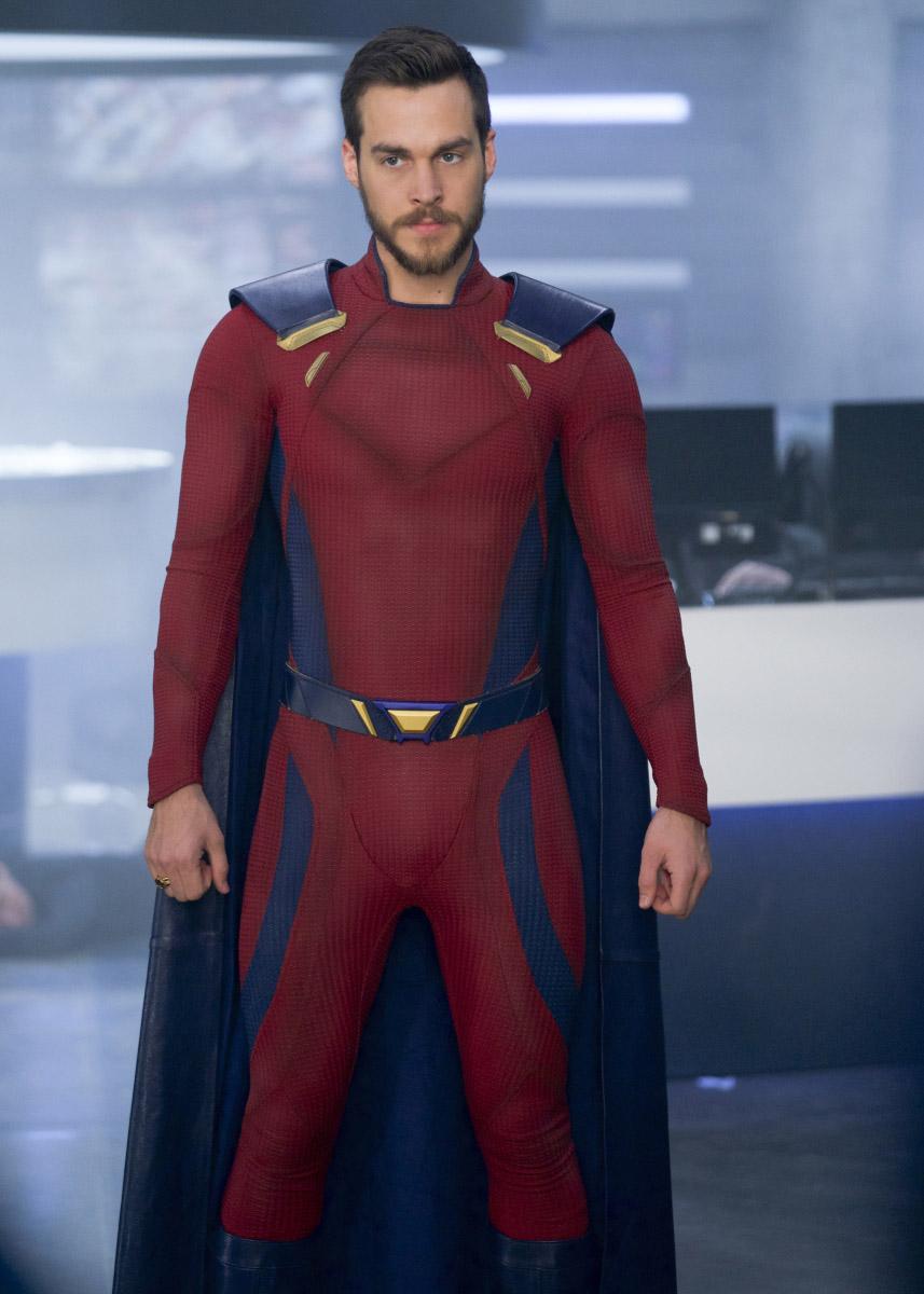 "Супергерл ""Make it Reign"" - 22 серия 3 сезона"
