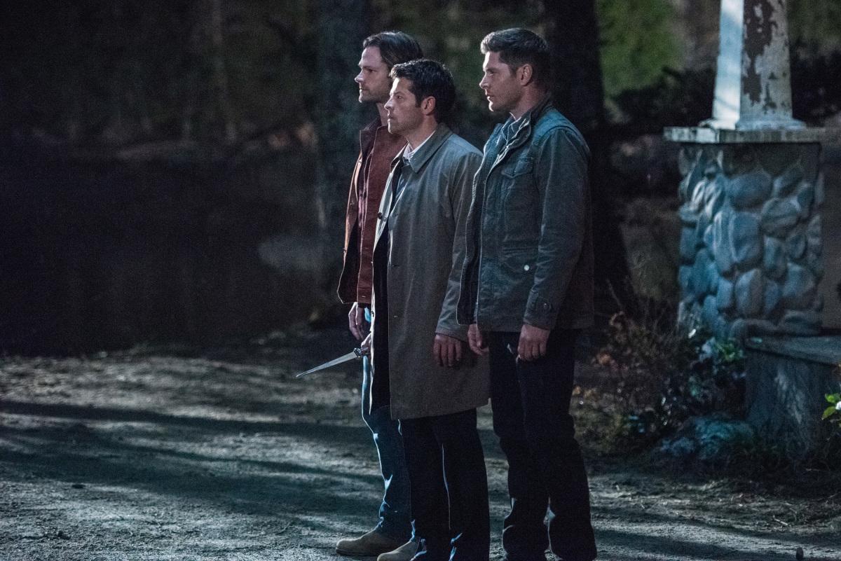 """Сверхъестественное """"All Along the Watchtower"""" - 23 серия 12 сезона"""
