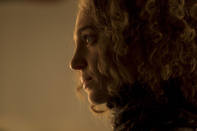 """Переправа """"Hope Smiles from the Threshold"""" - 9 серия 1 сезона"""