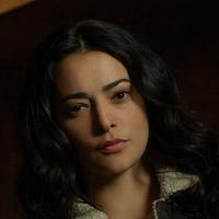 Натали Мартинез в сериале Переправа - официальное фото
