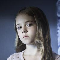 Амели Ив в сериале Изгоняющий Дьявола - официальное фото