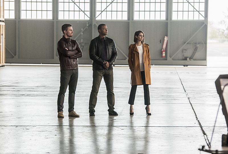 "Флэш ""Invasion!"" - 8 серия 3 сезона"