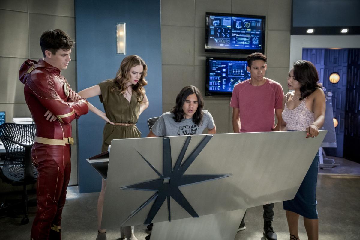 "Флэш ""Mixed Signals"" - 2 серия 4 сезона"