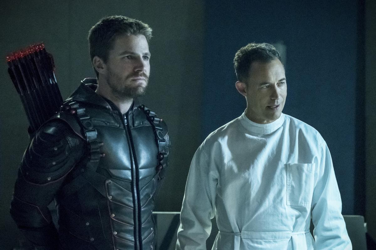 "Флэш ""Crisis on Earth X, Part 3"" - 8 серия 4 сезона"