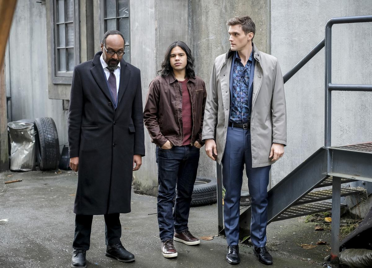 "Флэш ""Honey, I Shrunk Team Flash"" - 12 серия 4 сезона"