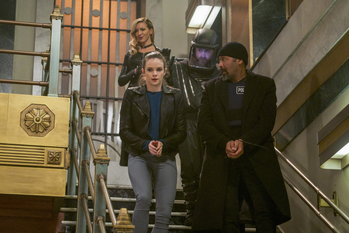 """Флэш """"Fury Rogue"""" - 19 серия 4 сезона"""