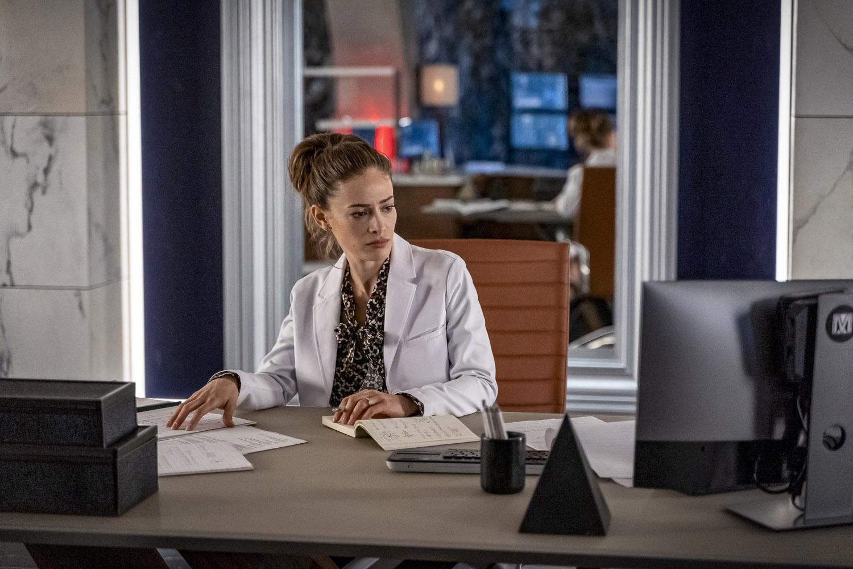 "Флэш ""A Girl Named Sue"" - 12 серия 6 сезона"