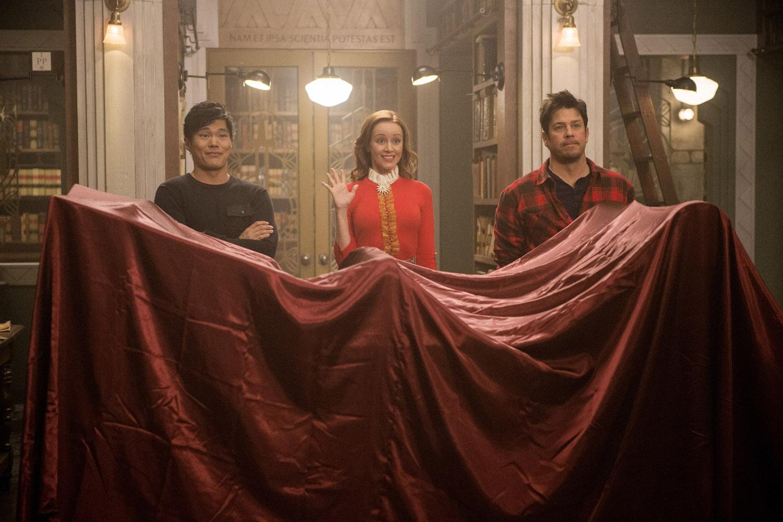 "Библиотекари ""And the Christmas Thief"" - 3 серия 4 сезона"