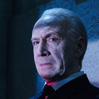 Джонатан Хайд в сериале Штамм - официальное фото