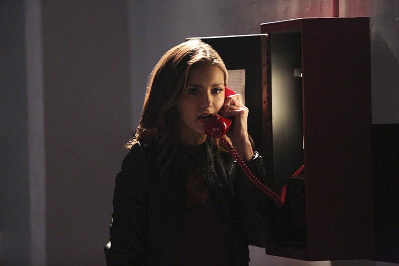 Скачать онлайн дневникам вампира 6 сезон 8 серия кубик в кубе