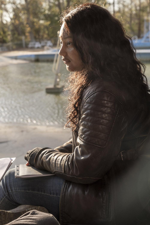 """Ходячие Мертвецы: Мир за Пределами """"Truth or Dare"""" - 7 серия 1 сезона"""