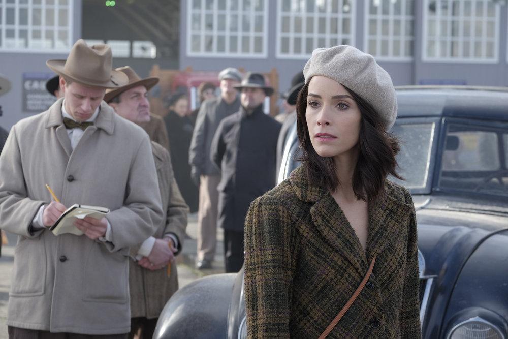 """Вне Времени """"Pilot"""" - 1 серия 1 сезона"""