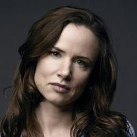 Джульетт Льюис в сериале Сосны - официальное фото