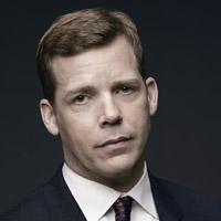 Тим Гриффин в сериале Сосны - официальное фото