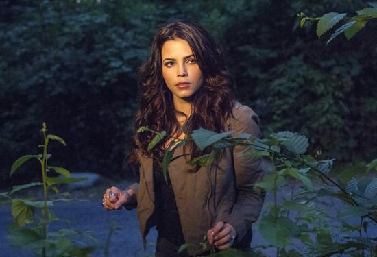 """Ведьмы Ист-Энда """"Millicent Fenwick, R.I.P."""" - 2 серия 1 сезона"""