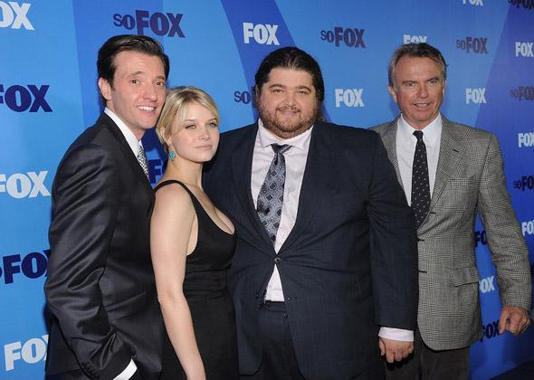 Fox Upfront 2011: Джейсон Батлер Харнер, Сара Джонс, Хорхе Гарсиа, Сэм Нилл
